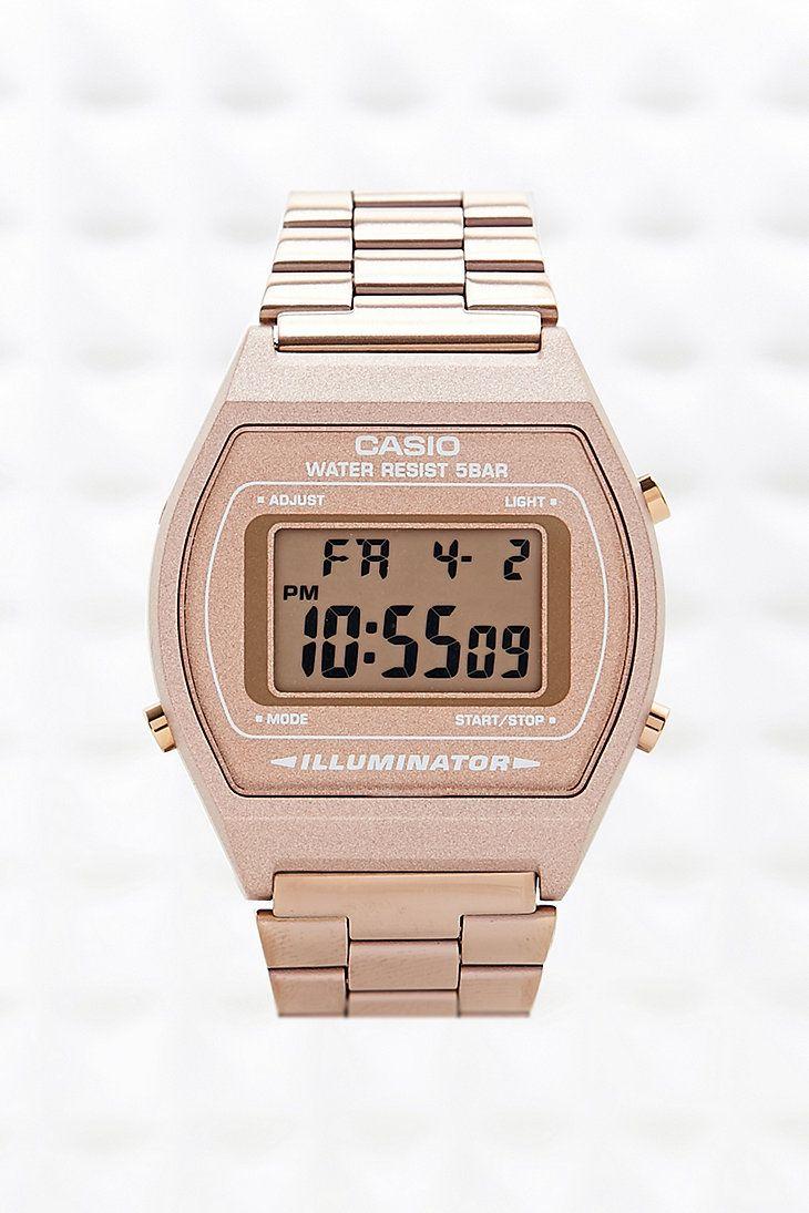 """Casio - Montre numérique - Bronze - Urban Outfitters ~ Heeyyy c'est ma montre """"j'ai la même"""" trop fière """"lØl"""" ~ Franchement elle est géniale mais je ne le dis pas parce-que je l'ai"""