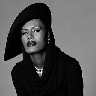 """The ever so spectacular Grace Jones will soon be releasing her memoirs where she not only opens up about her life, career, art and fame but also speaks candid on her view of today's pop culture and female artists in the music business, such as Nicki Minaj, Miley & Co. """"They dress up as though they are challenging the status quo, but by now, wearing those clothes, pulling those faces, revealing those tattoos and breasts, singing to those fractured, spastic, melting beats – that is the status…"""
