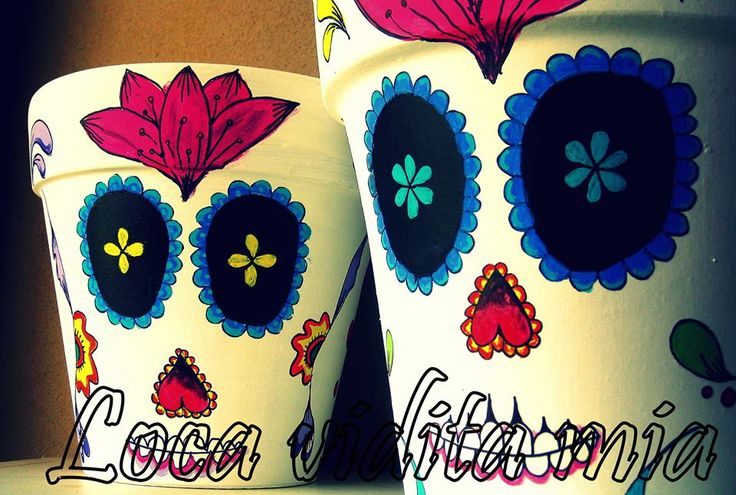 macetas calaveras mexicana, $100 en http://ofeliafeliz.com.ar