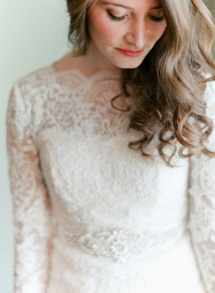Orthodox Jewish Bride Gets Ready As Top Destination Wedding Photographer Photographs Her Malibu
