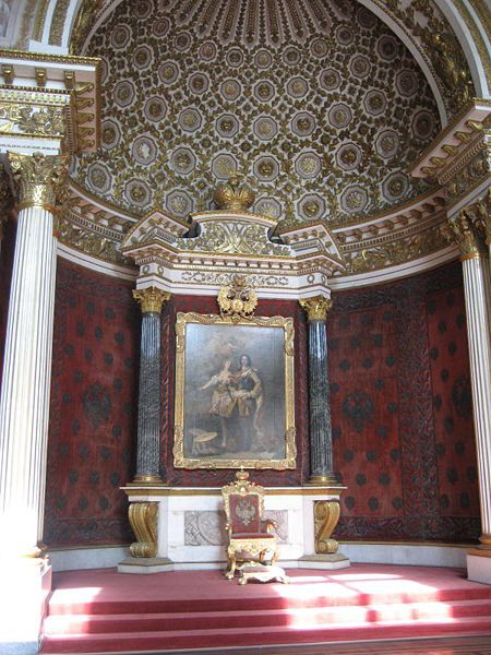The Small Throne Room was created by Auguste de Montferrand in 1833. It has columns of jasper.