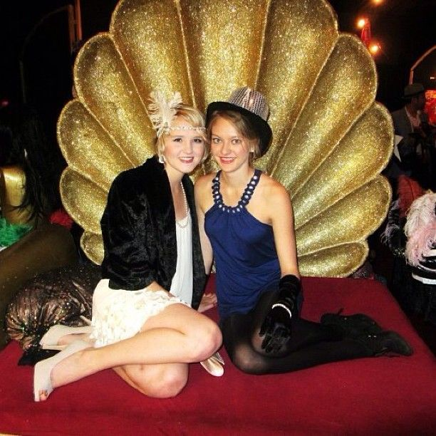 Great Gatsby inspired dress-up at the Madame's Miracle Tour.