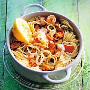 Recept - Spaghetti met zeevruchten - Allerhande