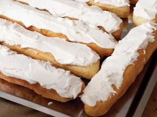 Long John Rolls http://www.prevention.com/food/healthy-recipes/10-amish-desserts-you-should-try-in-your-lifetime/fry-pies