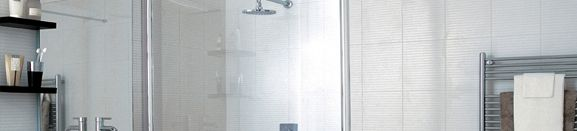 Q Glass and Glazing we believe your shower screen is the focal point of your bathroom. Therefore, selecting a shower screen that not only looks great but suits your requirements is extremely important.