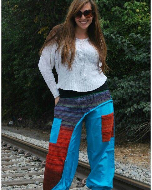 VIVE EL ESPÍRITU HIPPIE'JAS  TEMPORADA OTOÑO - INVIERNO   Bombachos Hippie'Jas $12.990  Sweater $11.990   TIENDA ONLINE -Envíos a todo Chile  Facebook - Instagram -Twitter y Pinterest  Valores NO incluyen costo de envío  #hippie #estilo #moda  #sweater #hippiejas #cambiodetemporada #bombachos