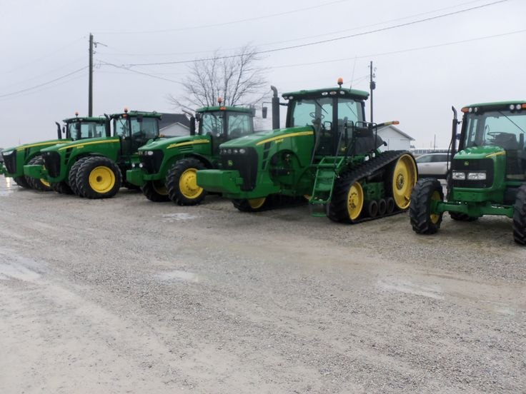 John Deere tractors from right to left:90 hp 6420,281hp 8345RT,170hp 7920,253hp 8430,239hp 8285R