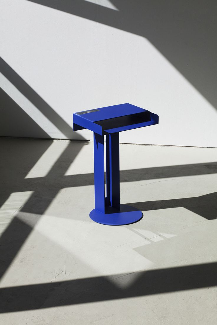 META Side Table by Études - Image number 2 out of 4