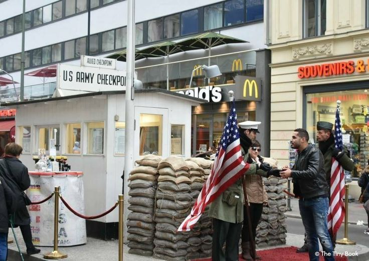 Checkpoint Charlie, Berlin.