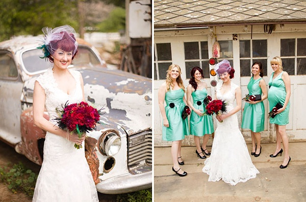 Подружки невесты в бирюзовых платьях. Свадьба в цирке. #circus #wedding #vintage #bridesmaid
