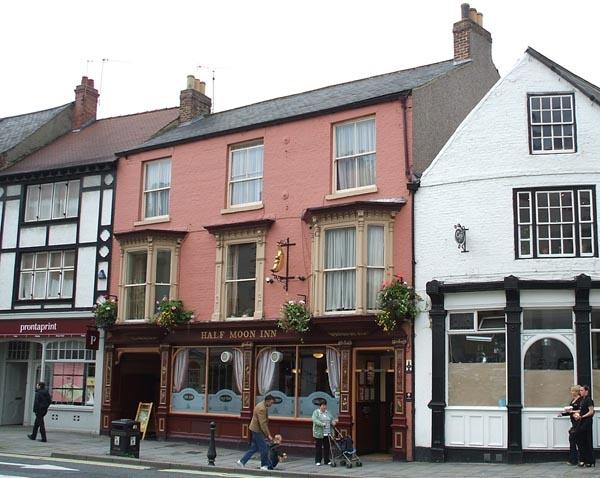 Half Moon Inn, Durham, England - Great Pub!