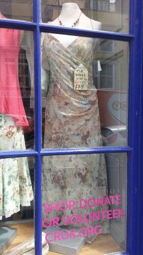 Beautiful BRAND NEW Tia dress, £159 price tag, our price £75