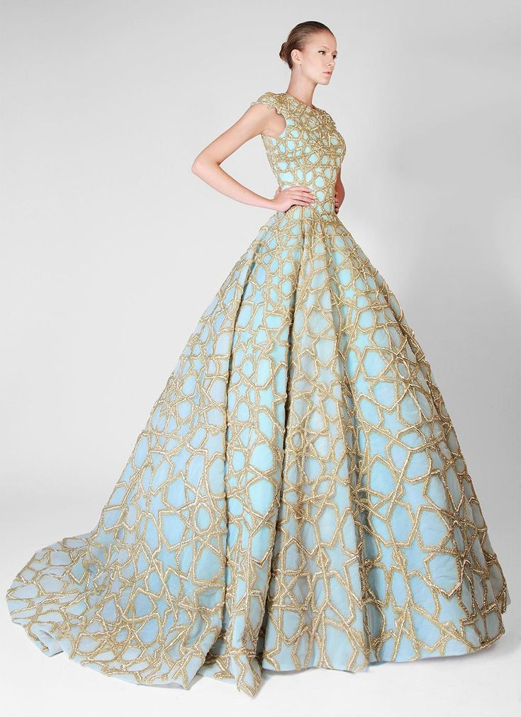 70+ Funky Wedding Dresses - Plus Size Dresses for Wedding Guests Check more at http://svesty.com/funky-wedding-dresses/