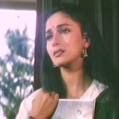 🎶Main Teri Mohabbat Mein -📽Tridev #MadhuriDixit#SunnyDeol#MadhuriDixitNene #Tridev#MainTeriMohabbatMain #HindiSongs#BollyWood#Films #Bollywoodmusic_life#Music#videos #HinDi#HindSongs#Movies #BollyWoodClassics#Videos#Bollywoodplaylist