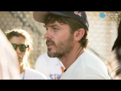 Summer Phoenix files for divorce from Casey Affleck - https://www.pakistantalkshow.com/summer-phoenix-files-for-divorce-from-casey-affleck/ - http://img.youtube.com/vi/zJgjFWbjlHE/0.jpg