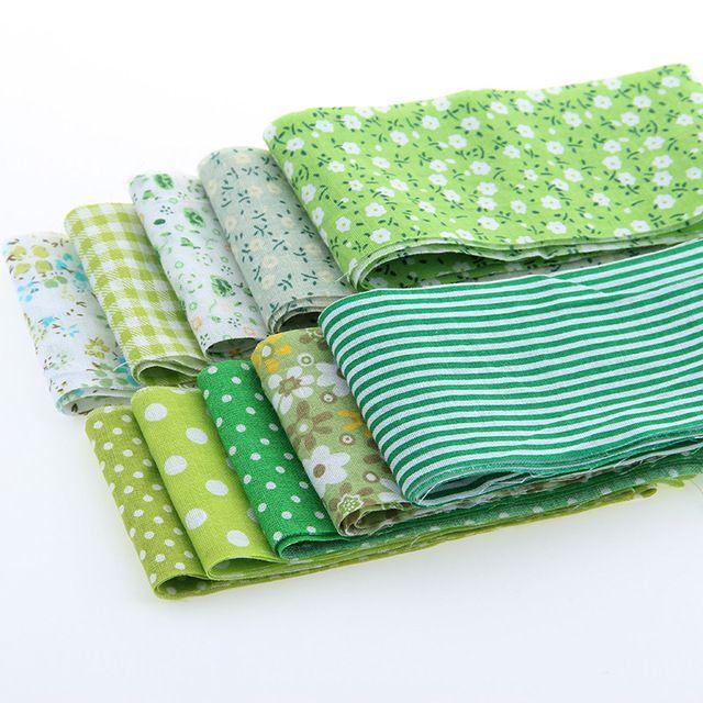 Купить товарХлопок полосы ткани ленты ткани 10 шт./лот зеленые комплект ролл стегальные лоскутная текстиль для швейных игрушки тильда ремесел 6 x 100 см в категории Тканьна AliExpress.  Хлопок полоски ткани ленты, ткань 10 шт./лот наборы рулон лоскутное шитье, текстиль для шитья игрушки Тильда ремесел 6x