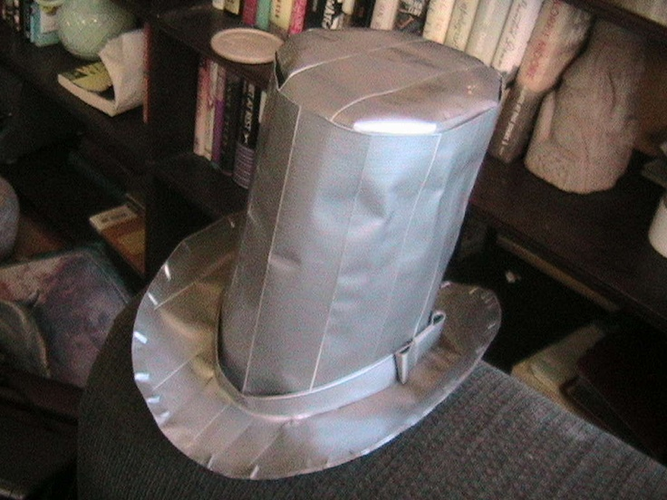 duct tape top hat....for my Slash costume for halloween!