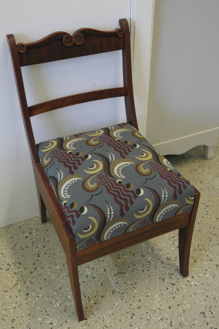 #verhoilu #tuoli #kankaat #verhoilukangas #verhoomo