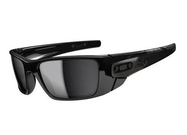 oakley online store in uae  shop oakley fuel cell? in polished black / warm gray at the official oakley online store.