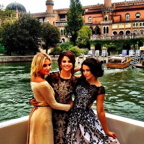 Selena Gomez Daily ❤ liked on Polyvore featuring selena gomez, vanessa hudgens, ashley benson, spring breakers and friends