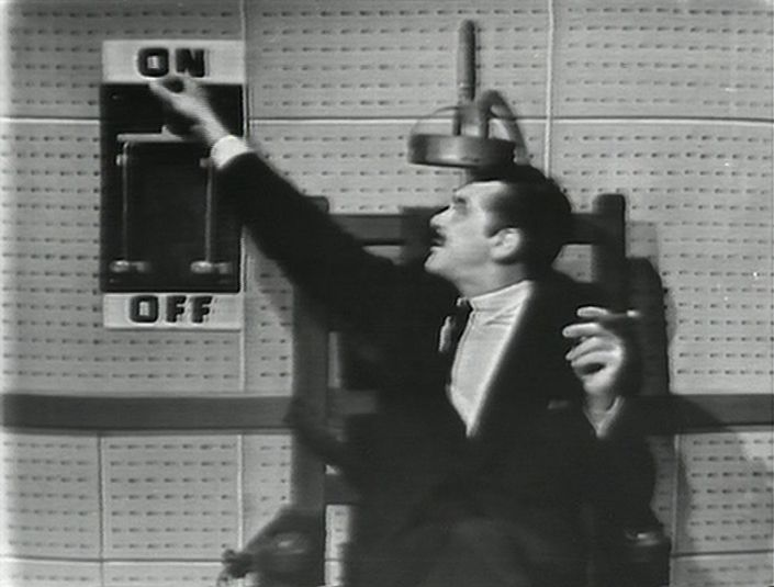 "oldshowbiz: ""Ernie Kovacs saves his own life """