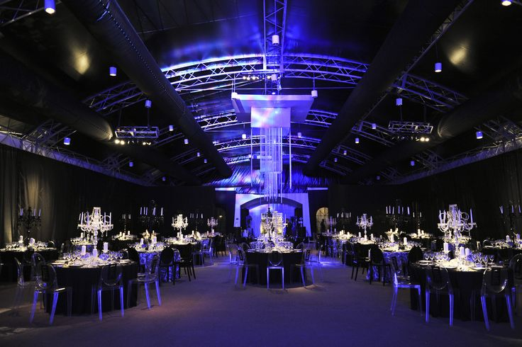 Love this lighting for our blue theme...