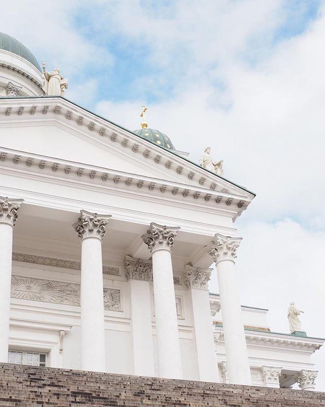 Well hello my lovely Helsinki  Today my hubby also arrives and joins my grandmothers birthday festivities ✈️ #sofieloveshelsinki #helsinki #myhelsinki #mimmimummi #soitamummolle #bestcity #bestcityever