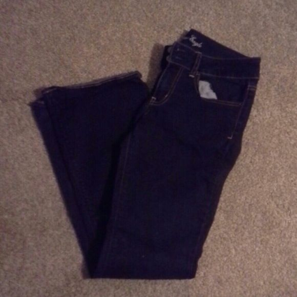 AE outfitter jeans Super stretch - looks brand New! Dark denium-worn twice American Eagle Outfitters Jeans