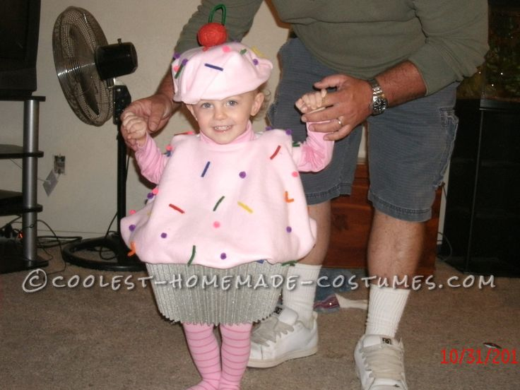 Sweetest Toddler Cupcake Costume – No Sew and Budget Friendly!… Enter Coolest Homemade Costume Contest at http://ideas.coolest-homemade-costumes.com/submit/