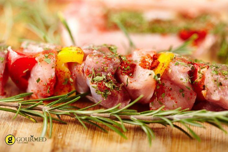 Το κοντοσούβλι είναι το απαραίτητο συνοδευτικό για το Πασχαλινό αρνί μαζί με το κλασσικό κοκορέτσι για αυτούς που δεν τρώνε αρνί. Είναι όμως και ο κλασσικός μεζές για μπύρες στα καθημερινά ψησίματα στην σούβλα και στα κάρβουνα.