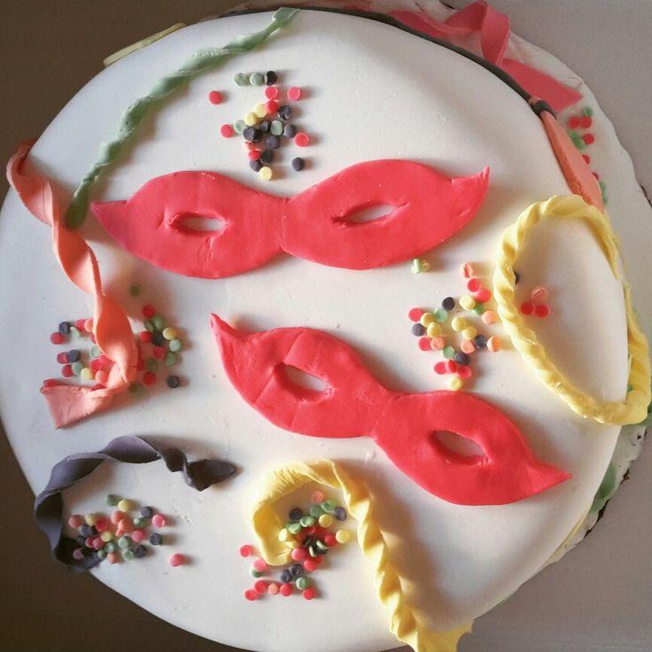 τούρτα cake αποκριάτικη με ζαχαρόπαστα απόκριες τουρτα αποκριες ζαχαροπαστα