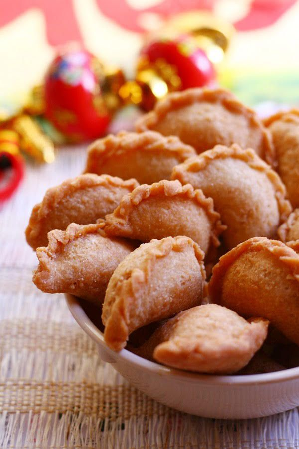 274 best recipes asian desserts snacks images on pinterest peanut puffs sweet ground peanut wrapped with crispy pastry shell deep fried asian food recipeschinese forumfinder Choice Image