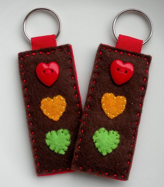 Duo Keychain.... Stop at the light of my heart... Traffic Light felt keychain - Set for Two - You and Me - Dad and MoM