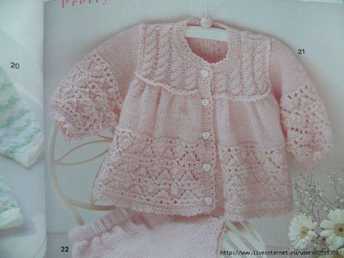 Oi amigas(os)!   Vejam que gracinha esse conjunto de casaquinho e calcinha   em trico para bebes:       Gráficos AQUI  e AQUI     Gostara...