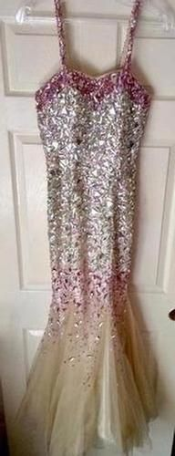 www.pageantresale.com - Gorgeous jeweled gown perfect for a prom or formal wear in pageant. Click to contact the seller or for more details.  Have something to sell?  Visit Pageant Resale to get started! #pageantresale #pageantgown #sequins