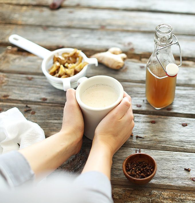 Homemade Ginger Tea Lattes | the perfect warm drink for chilly days | #vegan