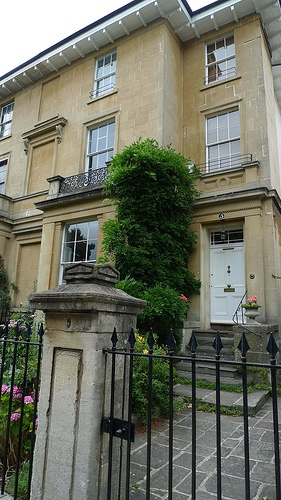 25 best images about georgian architecture on pinterest for Georgian townhouse garden design