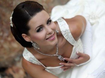 Какие тона идеально сочетаются в свадебном макияже?