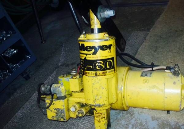 $Wanted Meyer Snow Plow Pumps $ – auto parts – by owner