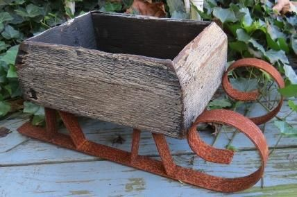 Primitive Wooden Wood Candle Box Country Christmas Folk Art Sleigh Sled Display
