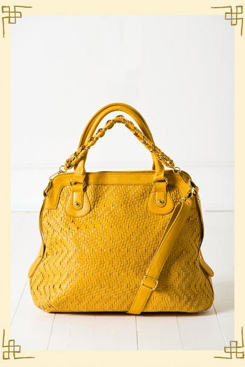 Yellow bags.  Have one and I've worn it to shreds, need another..