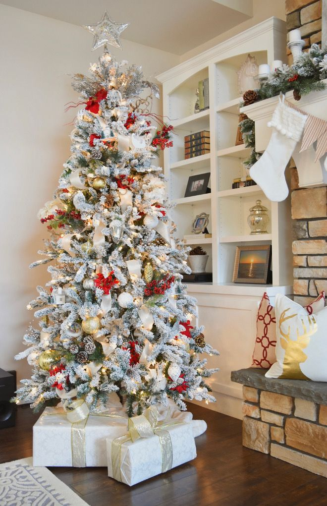 Flocked Christmas Tree Ideas Home Bunch S Beautiful Homes Of Instagra Flocked Christmas Trees Decorated Flocked Christmas Trees Christmas Decorations Bedroom