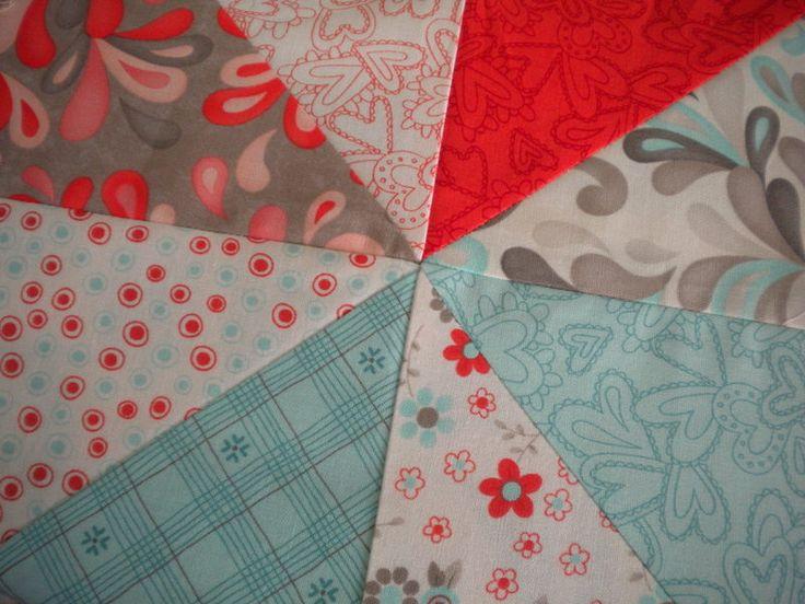Layer Cake Quilt Pattern Ideas : Best 20+ Layer Cake Quilts ideas on Pinterest Layer cake ...