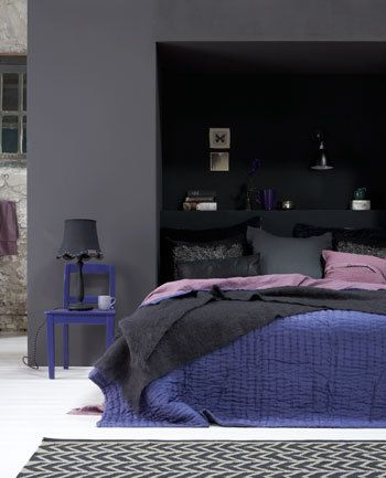 this colour combo seems popular for bedrooms and I can understand why ...