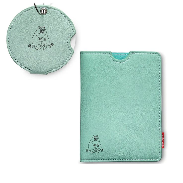 This stylish turquoise set featuring Moomintroll and Snorkmaiden includes a…