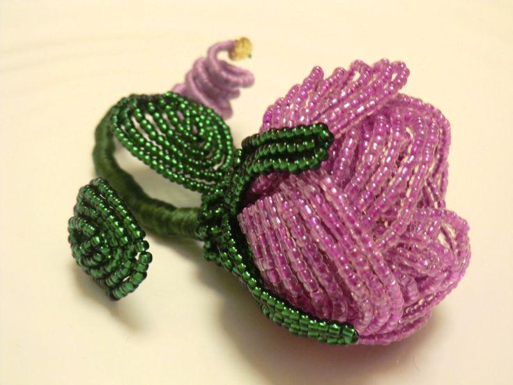 Beads made, glossy, fine, wonderful