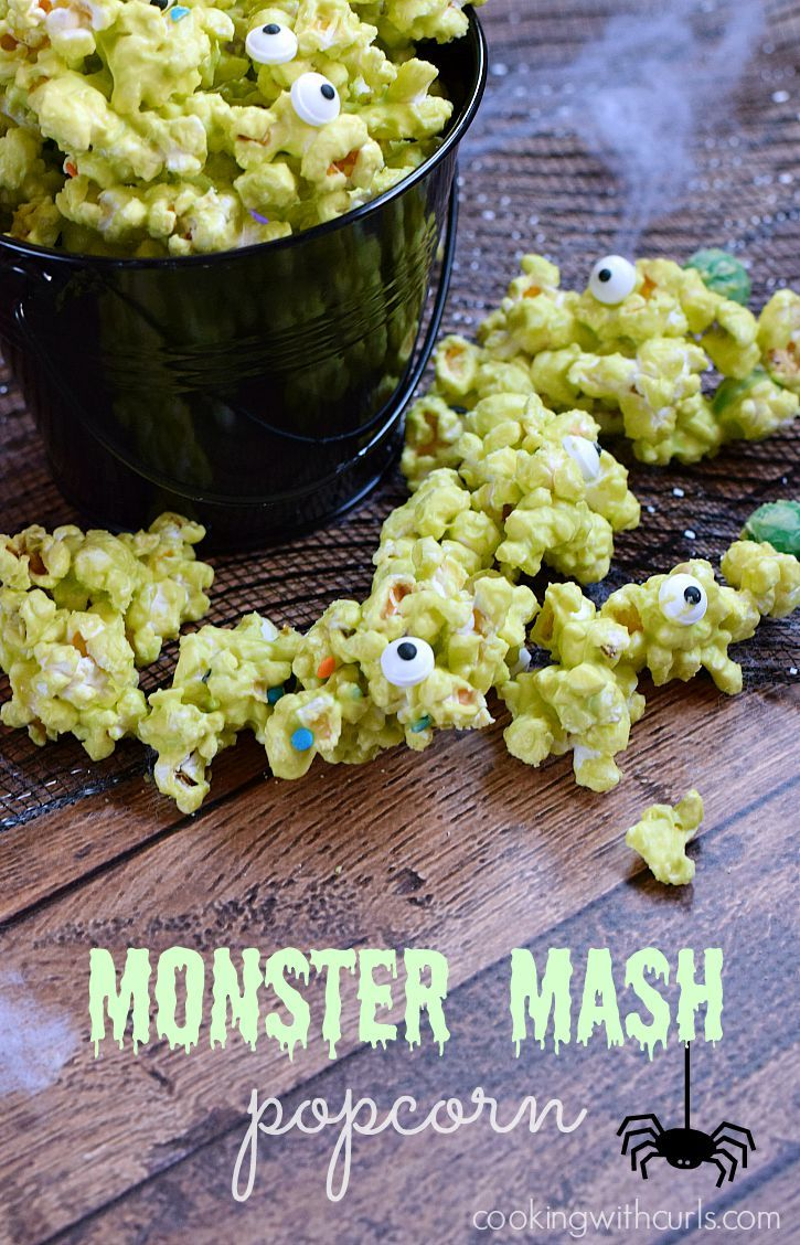 Monster Mash Popcorn - a perfectly ghoulish treat | cookingwithcurls.com Halloween
