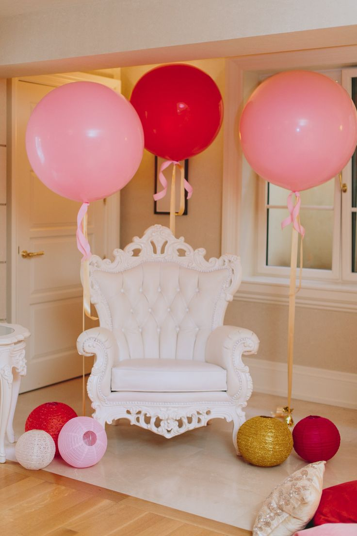 Baby shower chair - Find This Pin And More On Christine S Baby Shower