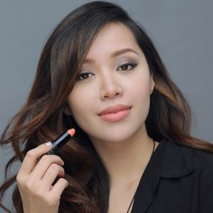 Michelle Phan (American, Entrepreneur) was born on 11-04-1987.  Get more info like birth place, age, birth sign, biography, family, relation & latest news etc.