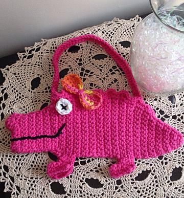 A Most Precious Girls Alligator Purse by www.zibbet.com/OnceUponARoll for $15.00 #girlsfashion #alligatorpurse #alligatorhandbag
